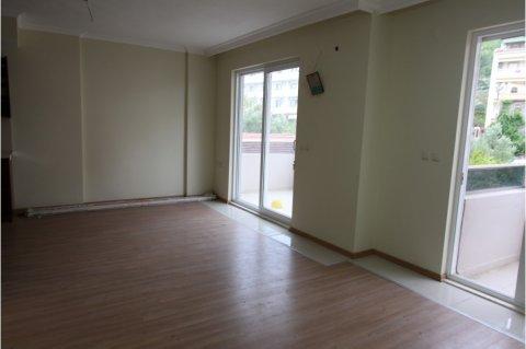مارماريس في موقع سكني شقة فاخرة للبيع مجهزة بالانجسترا 2+1 غرف