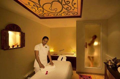 غرف أجمل من الفنادق لعمل جلسات المساج المتميزة 01127498250