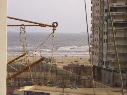 شقة رائعة تطل على البحر ببورسعيد