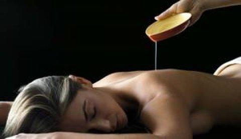 """حمام كليوباترا بالعسل الابيض والخامات الطبيعية 01094906615\\\""""\\\""""_(_("""