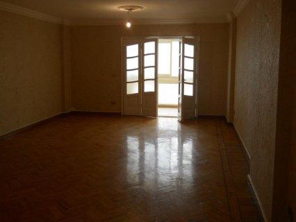 شارع الأندلس مصر الجديدة شقة 250م