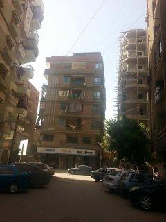 شقة بشارع كلية الزراعة