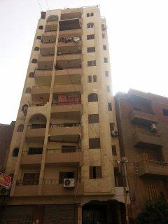 شقة للبيع بشارع البندارى الرئيسى