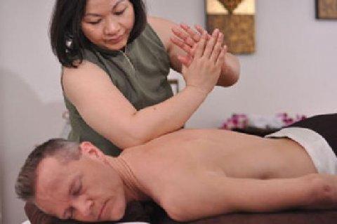 01274928044 مساج lllلضغط hلخفيف لعلاج الجسم من llالألم السخيف
