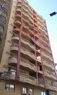وحدات سكنية للبيع بشارع النحاس