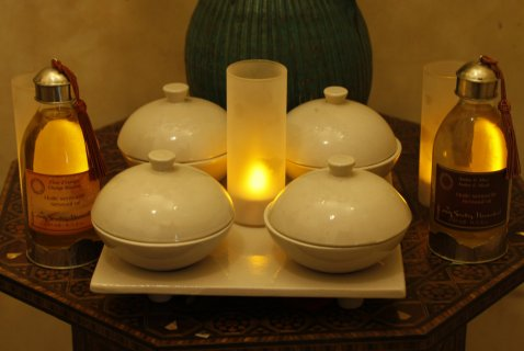 Massage * Moroccan Bath * Steam * Sauna * Jacuzy ~o~ 01226247798