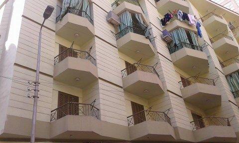 شقة للبيع بشارع عثمان محمد مع النحاس