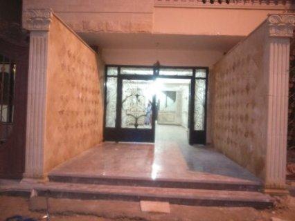 شقه 128م بمدخل البوابه الثالثه بحدائق الاهرام .