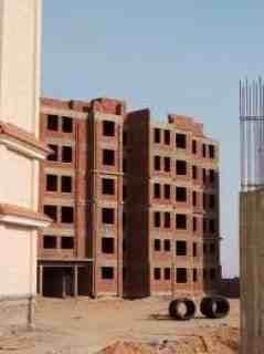شقة للبيع 142.5 م على طريق الواحات بجوار جامعةMSA
