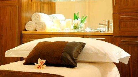 Massage * Moroccan Bath * Steam * Sauna * Jacuzy X-- 01226247798
