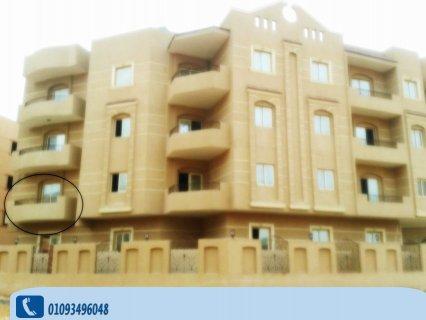 شقة 163م مميزة بمدينة الشروق ناصية صريحة للبيع