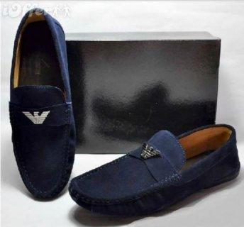 أحذية رياضية ألمانية بالكيلو