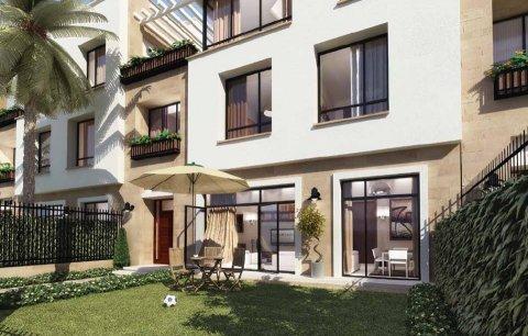 شقة دوبلكس بالتقسيط بيفرلى هيلز الشيخ زايد