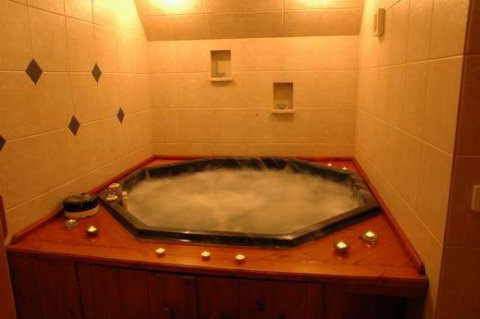 غرفة بخار مخصصة للحمام المغربى ::::وحمام كليوباترا 01094906615