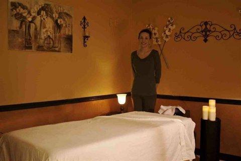 غرف أجمل من الفنادق لعمل جلسات مساج متميزة 01221806765