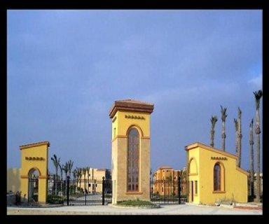 عيش فى منطقه فريده داخل كمبوند بالتجمع الخامس فيلا 950م