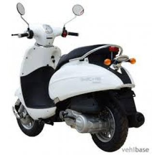 صور Ward Germany 150cc scooter new condition using only 400 km  3