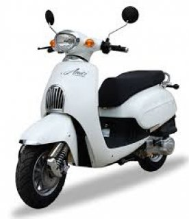 صور Ward Germany 150cc scooter new condition using only 400 km  4