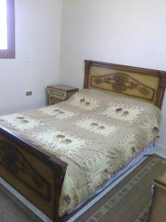 شقة مفروشة فرش جديد وأجهزة حديثة