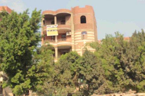 --عمارة علي مساحة 300 متر بالقناطرالخيرية بين القناطر وقليوب ل