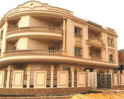 شقة 186 متر بالتجمع الخامس في حي البنفسج للبيع فوراً
