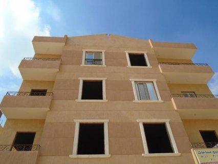 شقة للبيع بمدينة العبور كاش وتقسيك استلام فورررررري