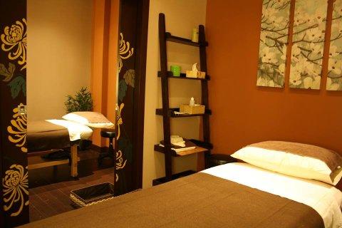 كل انواع المساج العلاجى والاسترخائي لدينا نحن فقط::01280460299