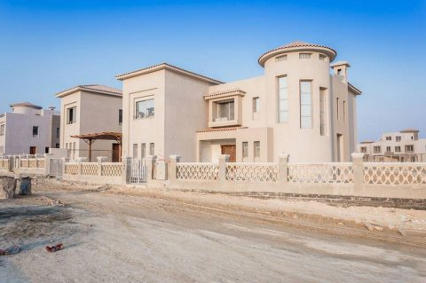 فيلا للبيع منفصله في الشيخ زايد بمقدم  1,770,000 استلام فوري