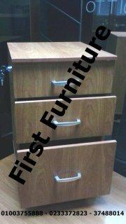 اثاثات المكتب تصنيع و إستيراد من فرست فرنتشر: نرحب بكم