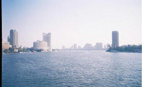 لمحبي الفخامة شقة 400 م تطل علي النيل وحديقة الحيوان للبيع