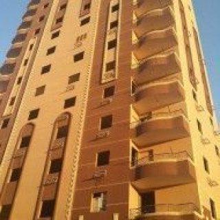 شقة بموقع متميز للبيع دقيقتين من طلعة الدائري مريوطية وفيصل