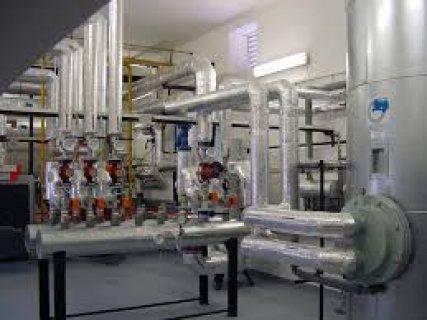 نعمل في انظمة تدفئة او تسخين المياة لحمامات السباحة بجميع سعاتها