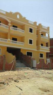 للبيع شقة 175م فى فيلا بارقى احياء مدينة الشيخ زايد