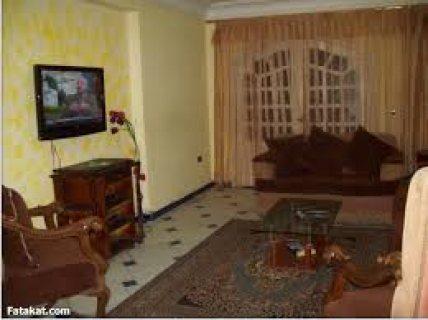 شقة للايجار بشارع العشرينى قريبة من الموقف الجديد