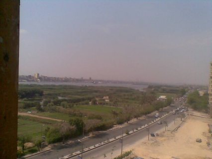 امتلك شقه خلفيه من برج مباشر النيل 175م ب 150 الف