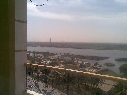 شقه للبيع علي كورنيش النيل مباشر 200م متشطبه ب 600 الف