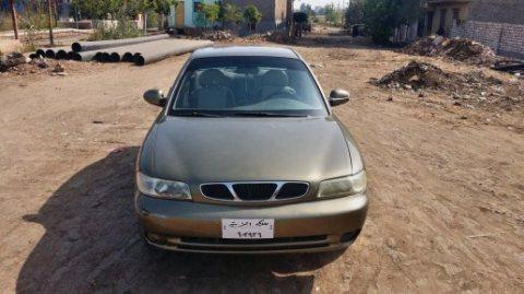 سيارة نوبيرا وان 1998 كاملة مانيوال اللون دهبى