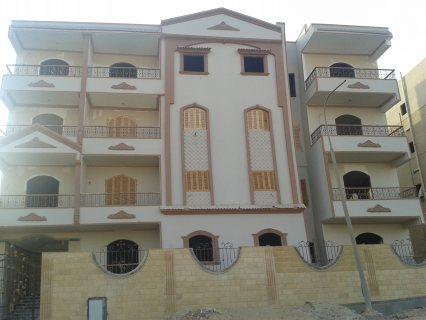 شقه للبيع بالحي التاسع مدينة العبور مساحة 160م