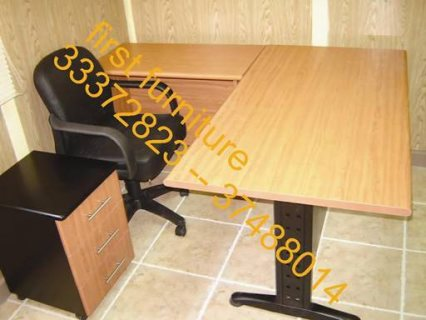 معارض فرست: مكاتب وأدراج وكراسي مكتب
