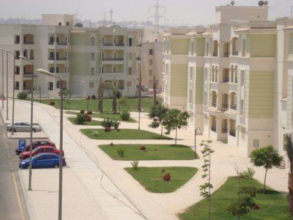 شقة بكمبوند الخمائل 170م  بالشيخ زايد