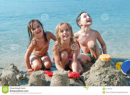 *شاليه للبيع 127م  بروف 127م يطل على البحر وحمام السباحة