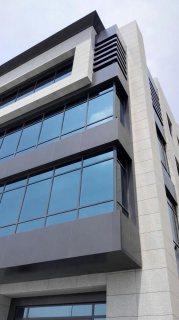للايجار مبنى تجارى ادارى 1300 م بالتجمع الاول