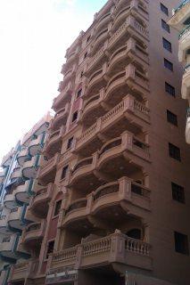امتلك شقة بشاطئ النخيل (6 اكتوبر ) شارع 8 مساحة 120 متر