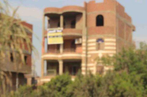 ّ عمارة علي مساحة 300 متر بالقناطرالخيرية بين القناطر وقليوب ّ
