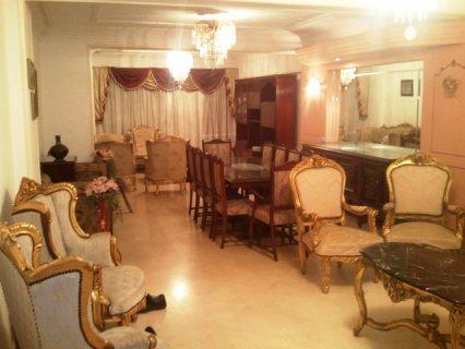 شقة مفروشة للايجار على شارع فيصل الرئيسي من المالك مباشرة.