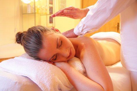 Aroma Massage sessions   ....... 01005850372
