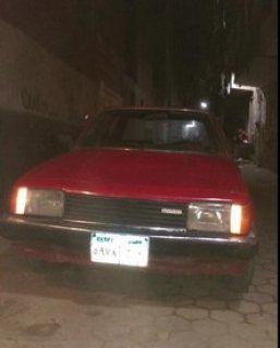 سيارة مازدا 323موديل 1982