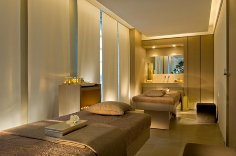 غرف 5 ستار,وخدمات فندقية وجميع فنون المساج العصرية_()01276688097