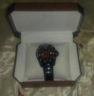 ساعة ماركة كنت كارلا للبيع