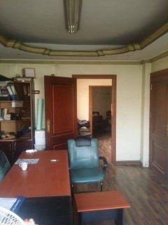 للبيع شقة تجارى او سكنى -ش التحرير الرئيسى -واجهه-موقع مميز جدا